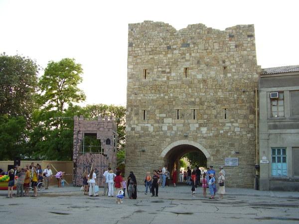Гёзлёвские ворота после реконструкции