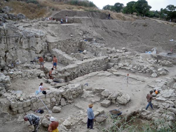 Археологические раскопки Пантикапея
