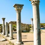Колонны Базилики храма