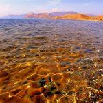 дно Чёрного моря из самоцветов