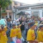 шествие по ул. города
