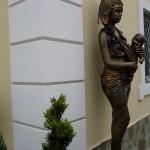 африканка с ребёнком
