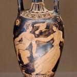 Амфориск- убегающая женщина-425—400 гг. до н. э.