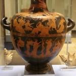 гидрия-похищение дочерей Левкиппа Диоскурами, в нижнем — Геракл в саду Гесперид-420г до н.э.