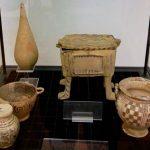 6 в. до н.э. -стамнос, писида на 4 ножках, скифос и арибалон