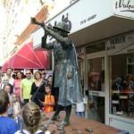 Festival Living Statues Arnhem 2011 -скульптура «Флейтист из Гаммельна»