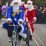 «Санта Клаус отдыхает – на арене Дед Мороз».