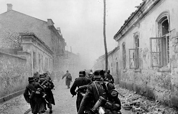 уличные бои в Евпатории 5-7 января 1942 года.