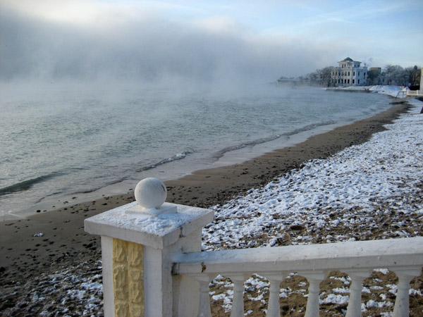 Золотой берег в серебре тумана