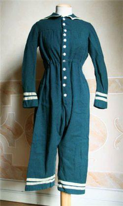 1860-е мужской купальный костюм из шерсти-