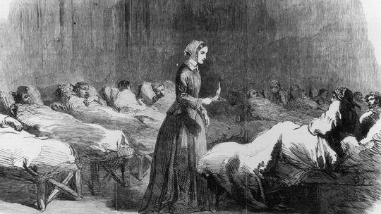 Флоренс Найтингейл - первая военная медсестра в английской армии
