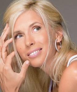 певица Алена Свиридова  родом  из  Керчи