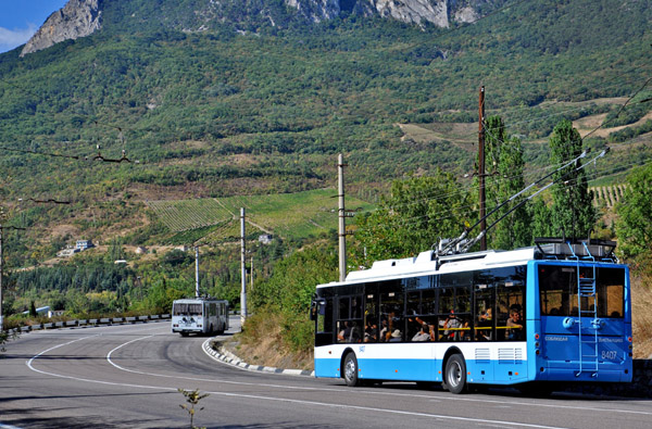 троллейбус Богдан Т70115 8407.