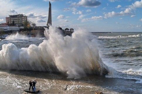 шторм в Севастополе