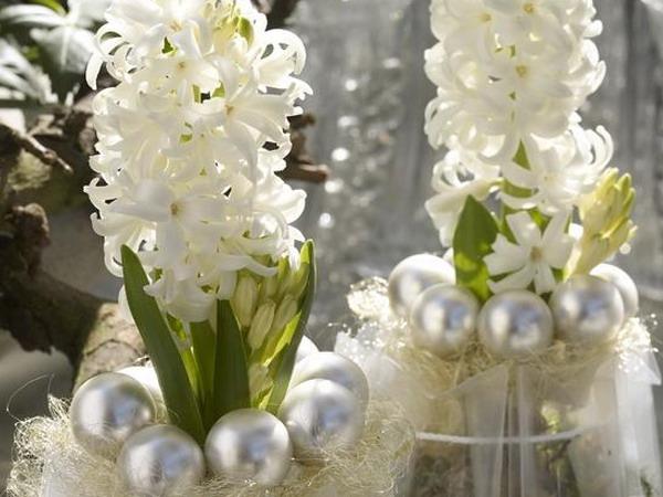 homeflowersinnewyeardecorating