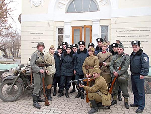 Члены военно-исторического клуба «Десант»