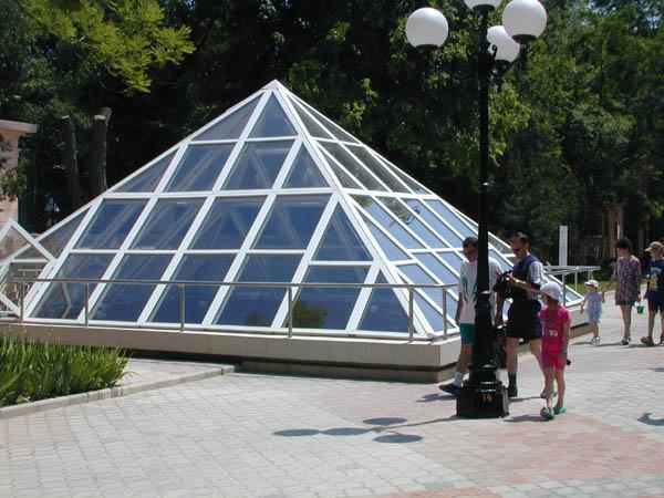 Муз.2-пирамида