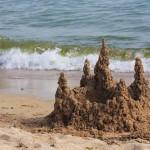 Освободить пляжи от ограждений