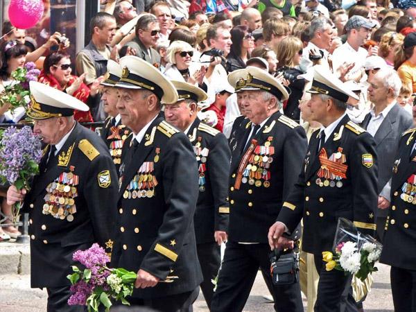 Парад-ветераны
