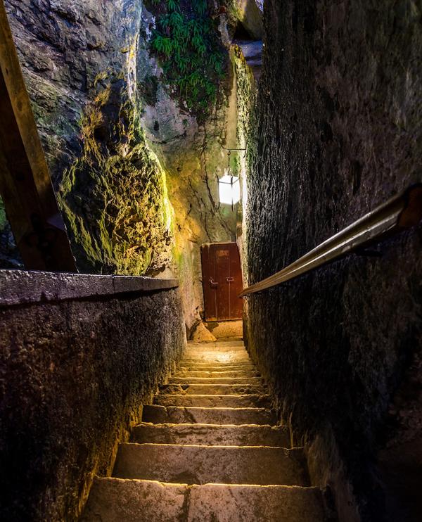 predjama-castle-slovenia-2