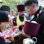 Христианскую святыню привезли в Крым