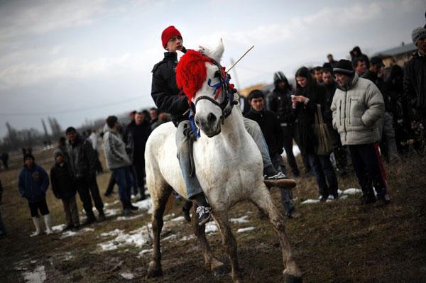 Катание на лошадях на Тодоров день-лошадиная пасха-3 марта