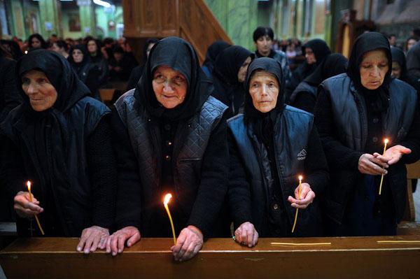 у собора Александра Невского после пасхального