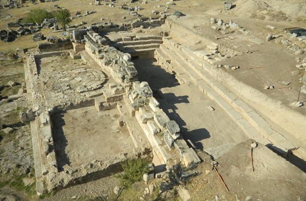 3.hells-gate- Турции  храмовый комплекс с пещерой