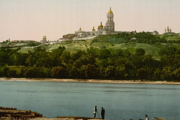8--вокруг Киево-Печерского монастыря