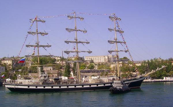 регата-фрегат Пвллада в севастополе