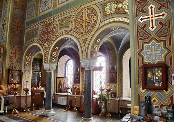 воскресенская церковь-Форос