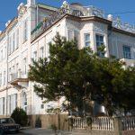 Сдаёте жильё в Крыму — получите патент.