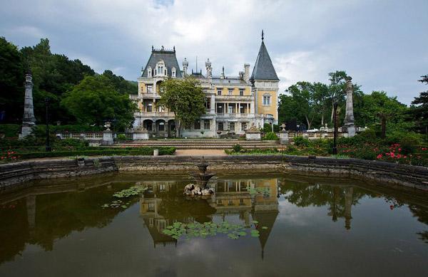 1881- Massandra Palace of tsar Alexander III