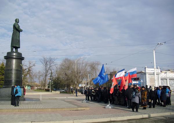 9-dec-памятника генералу Герою СовСоюза Токареву