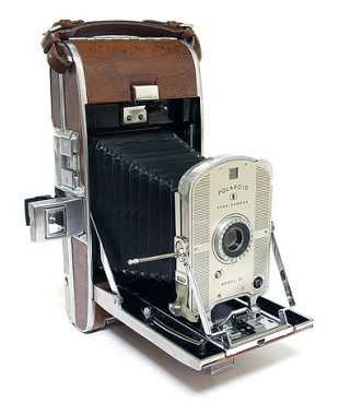 Polaroid-Land-95