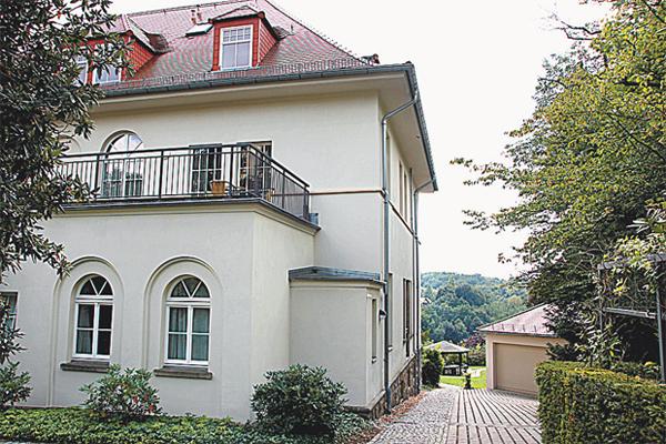 Паулюс жил в Дрездене 1953-1957 гг.