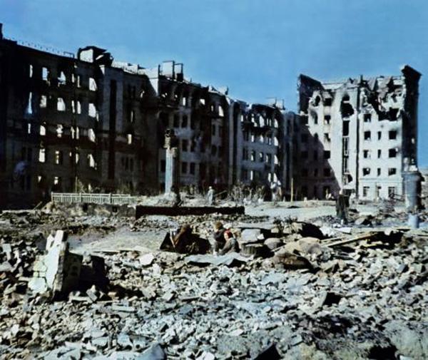Разрушенный Сталинград в 1942-1943-