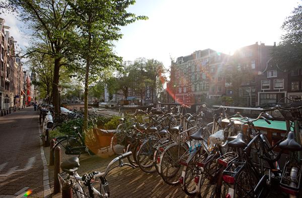 в Амстердаме===