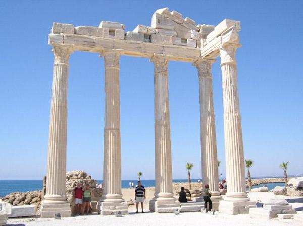 1арка храма аполлона