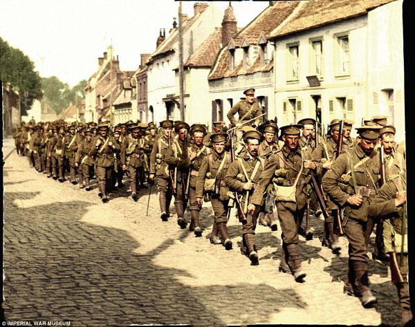 1917-8. Оставшиеся в живых, солдаты