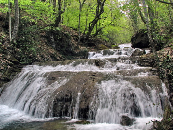 Водопад Джур-Джур-gjhjub