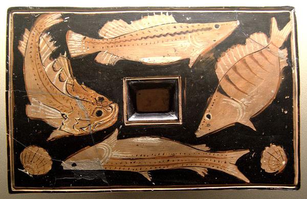рыбное блюдо, 350—325 гг до н. э.,
