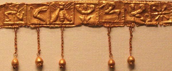апи-Эретрия, 525-500 до н.э.-зол-диадема-вел.мать-сфинксы-грифон-птица, пчела