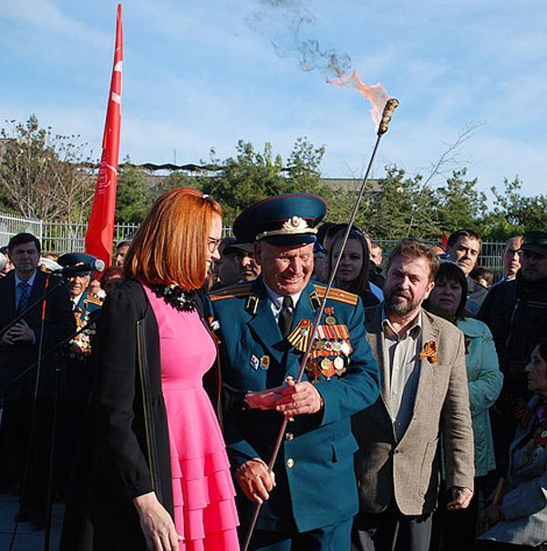 веч-Виктору Михайловичу Деревянко