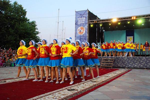 Zemlya_Teatr_Deti_03