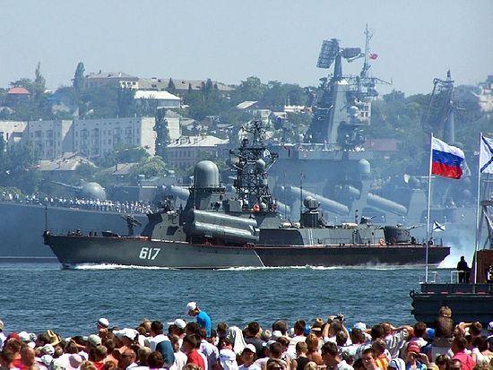 день-черноморского-флота-в-севастополе