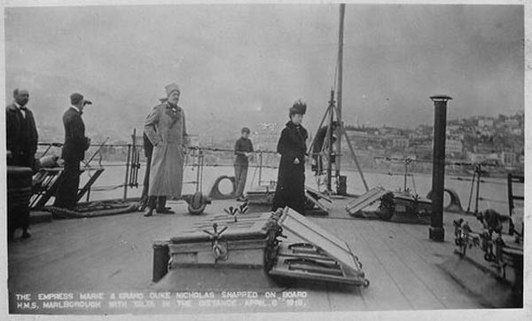 Romanoffs_leaving_crimea.-1918 jpg