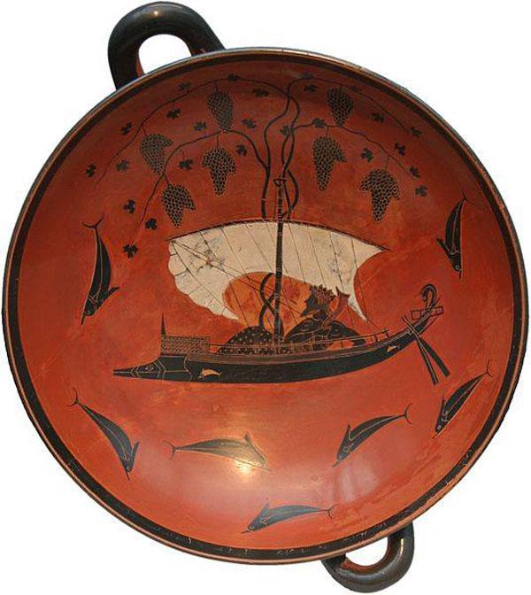 Бог виноделия Бог виноделия Дионис в лодке переплывает море - 535 г .до н.э.
