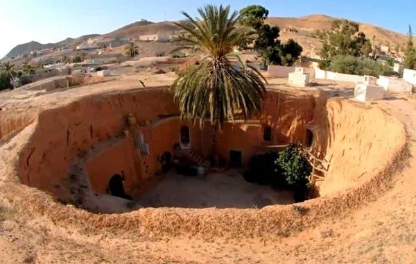 Матмата — маленький берберский городок на юге Туниса. 1
