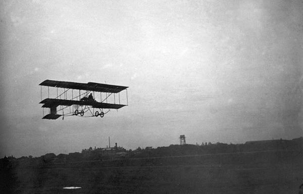 1910 год - полеты Уточкина,